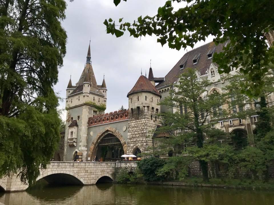 Buda chateau