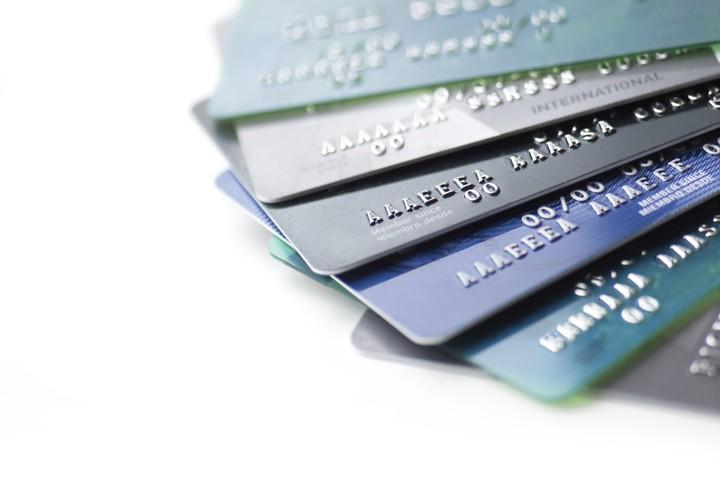 En voyage; crédit ou débit?