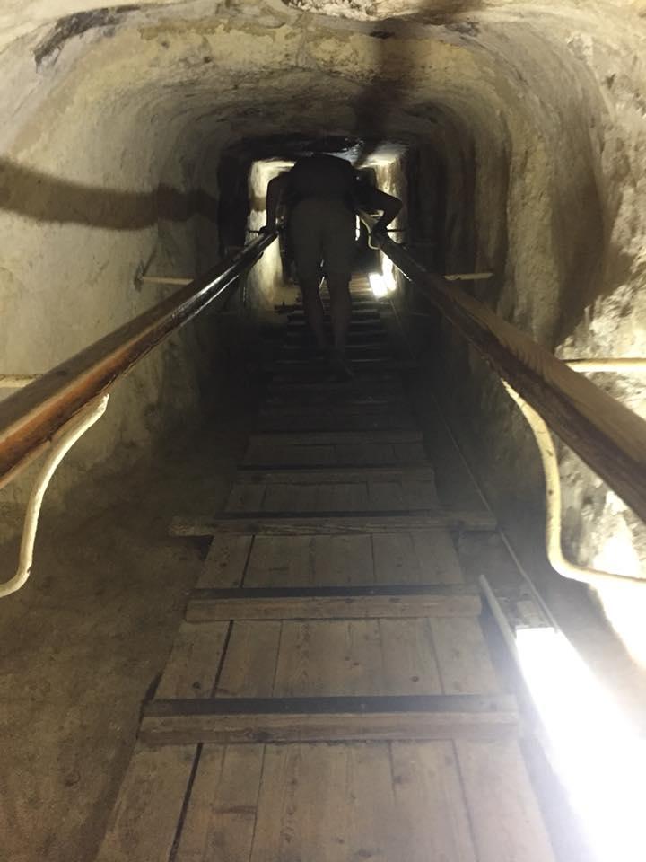 Passage pyramide